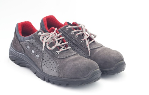 Safety shoes - Multilayer fabrics - Applications